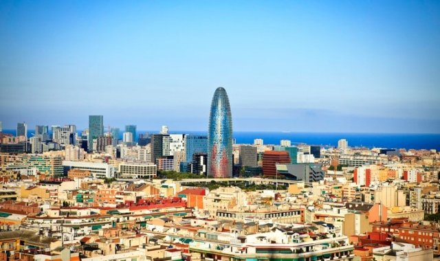 Cities like Hong Kong, Santiago de Chile or Bogota want to replicate Barcelona's smart city model
