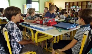 Els centres d'ensenyament privat reglat augmenten els ingressos provinents de les quotes a les famílies