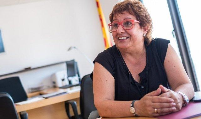 La Consellera Dolors Bassa al seu despatx de la conselleria de Treball, Afers Socials i Famílies