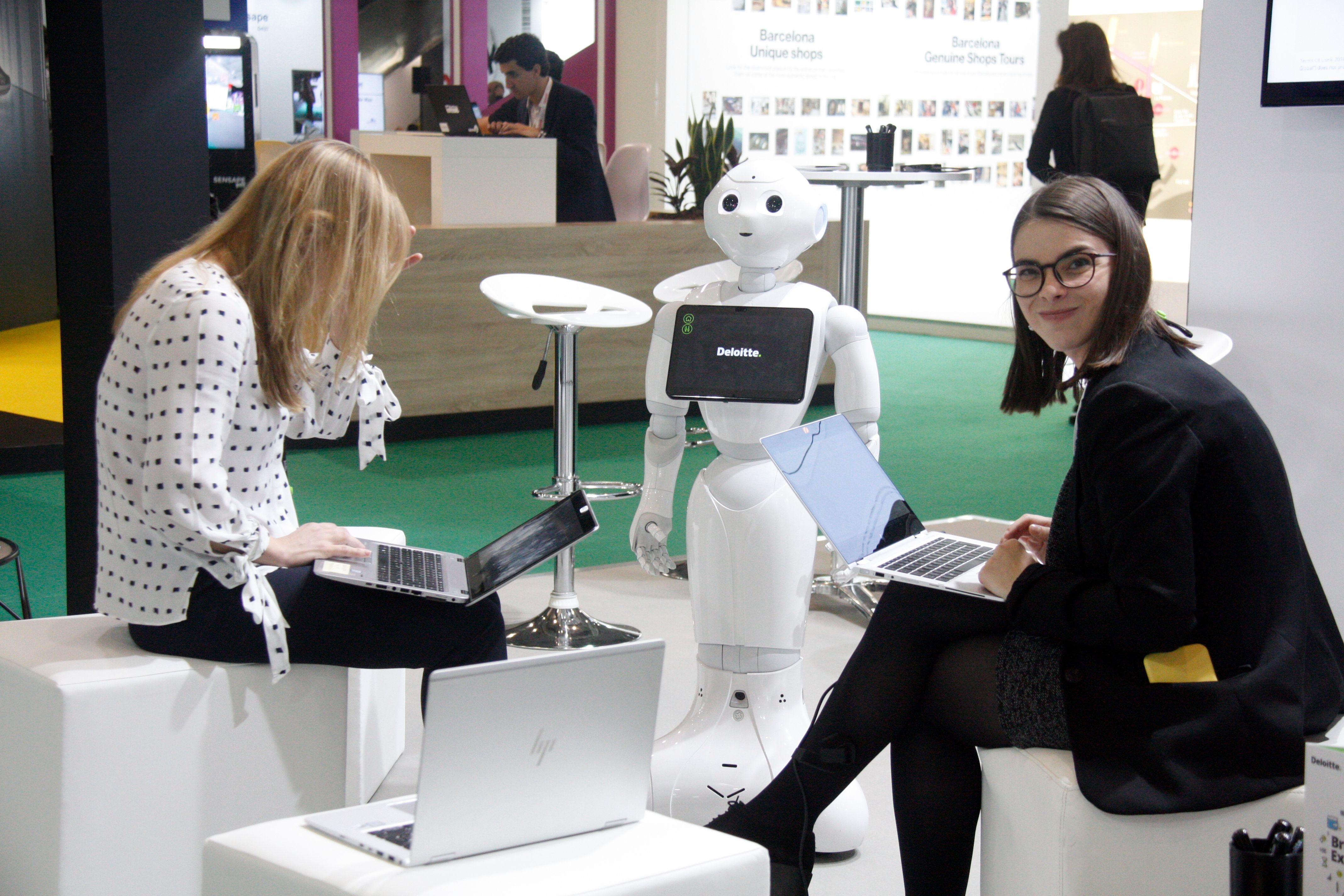 Un centenar d'empreses mostren les innovacions del comerç del futur