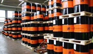 Houghton Ibérica es dedica a produir fluïts per a ús industrial