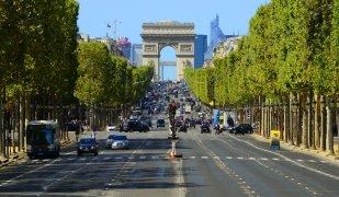 L'Avinguda dels Camps Elisis de París és el carrer comercial més car d'Europa