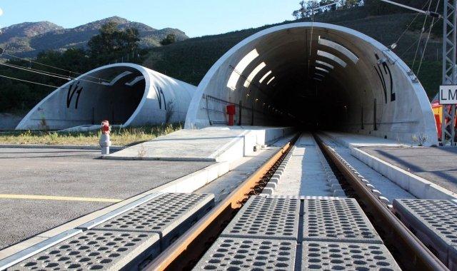 El túnel del Pertús és la infraestructura estrella del tram transfronterer del TAV, que es va adjudicar a la concessionària TP Ferro