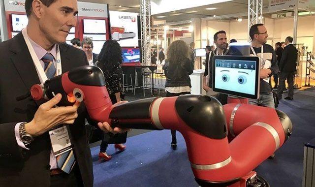 La robòtica col·laborativa domina l'Advanced Factories