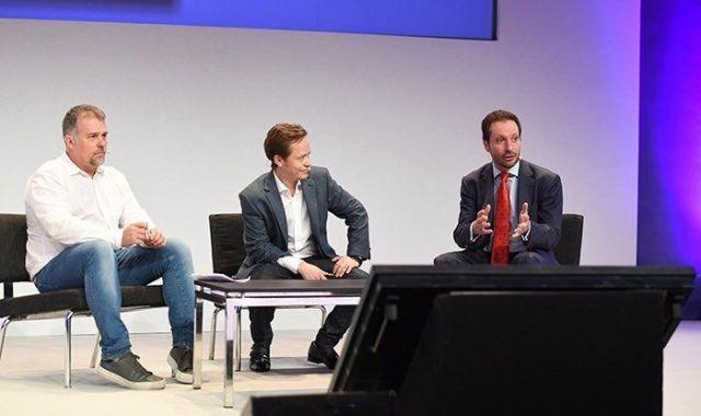 Brock Pierce and Luis Vives debating blockchain at the 4YFN