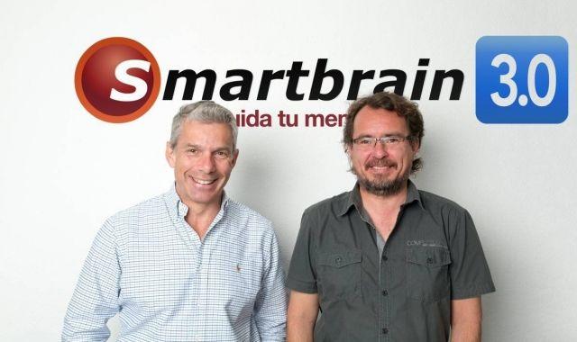 El CEO d'Smartbrain, Juan Ramón LLorente, i el director tècnic Daniel González