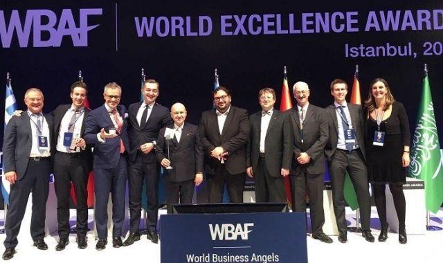 Albert Colomer, board member de la EBAN, a la cerimònia de lliurament dels premis mundials a l'excel·lència del World Business Angels Investment Forum a Istanbul