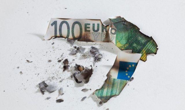 Les cendres de la crisi econòmica haurien de servir per millorar les imperfeccions del sistema