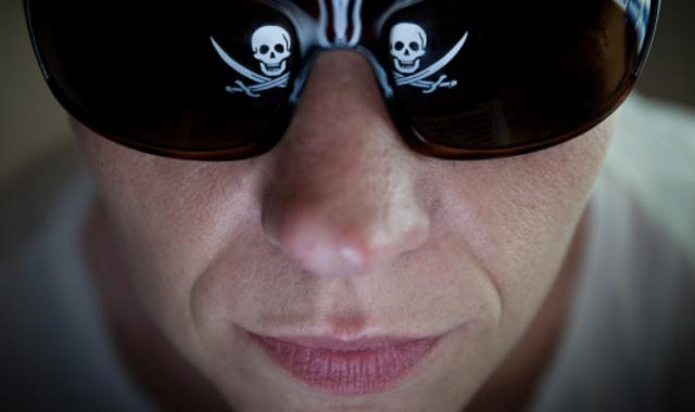 Som insensibles davant la pirateria informàtica?Are we insensitive to computer piracy?
