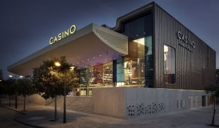 Un dels casinos de la multinacional Cirsa