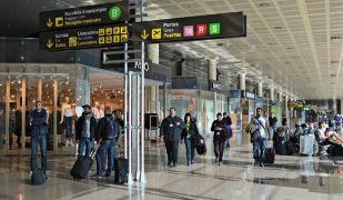 El Prat registra 49.900 passatgers afectats per retards i cancel·lacions en el que va d'any
