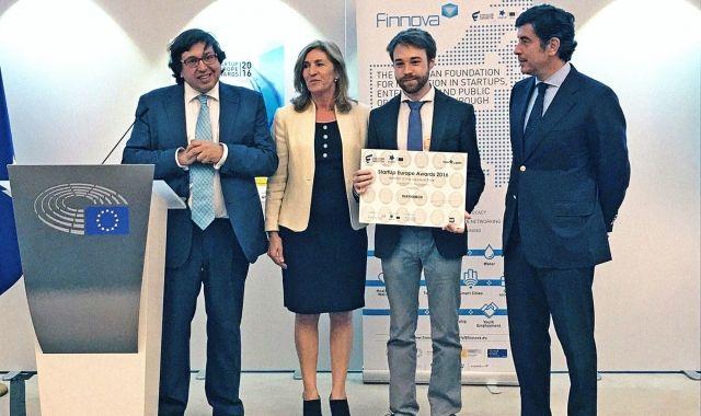 Pau Sendra recull el premi de la Comissió Europea
