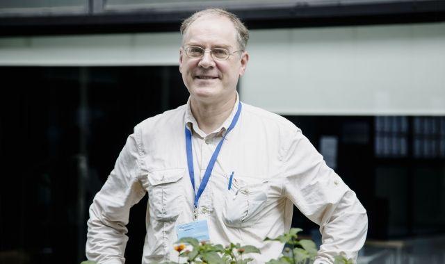 Rolf Schroeder és un dels principals investigadors europeus sobre monedes complementàries | Àngel Bravo