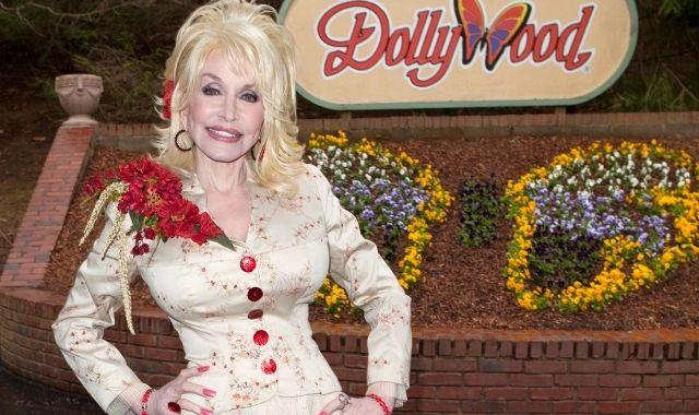 Dolly Parton a Dollywood, el parc d'atraccions inspirat en la seva vida