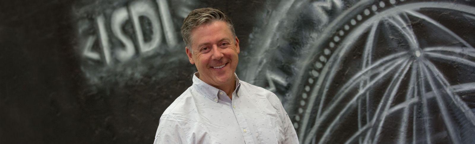 Steve Cadigan, cofundador d'ISDI als EUA