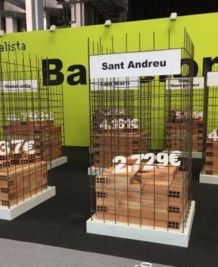 Una recreació del cost dels pisos a la ciutat de Barcelona, aquest dimecres al Meeting Point. VC