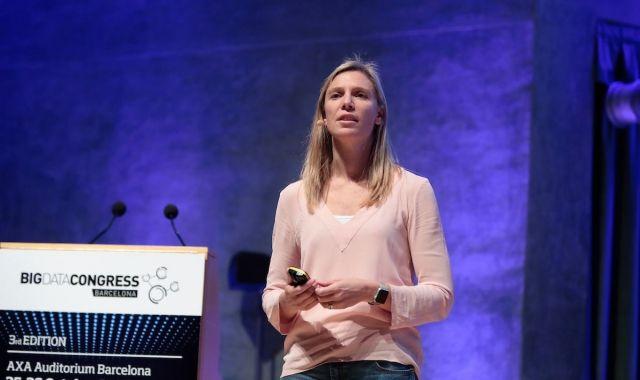 Biggar explica que un bon equip de Big Data ha de saber analitzar però també comunicar i convèncer
