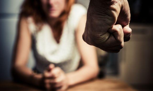 Dissabte 25 de novembre se celebra el Dia internacional per a l'eliminació de la violència envers les dones | Acistock