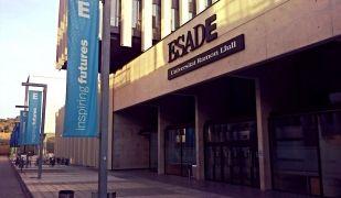 El campus Sant Cugat d'Esade   Viquipèdia