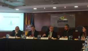 El president de Pimec, José González, durant l'esmorzar amb periodistes | AAD