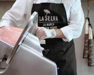 El pernil cuit és el producte estrella de La Selva | La Selva