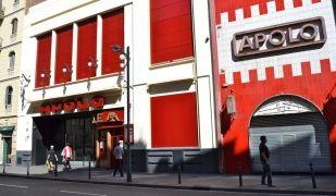 La façana de l'edifici de la Sala Apolo