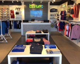 Una de les botigues de Base a Mogán, les Canàries | Facebook Base