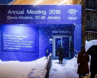 La neu ha marcat la jornada, dificultant l'accés a la ciutat de Davos | Creative Commons Flickr