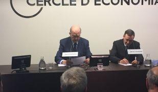Ángel Simon durant la seva conferència al Cercle d'Economia