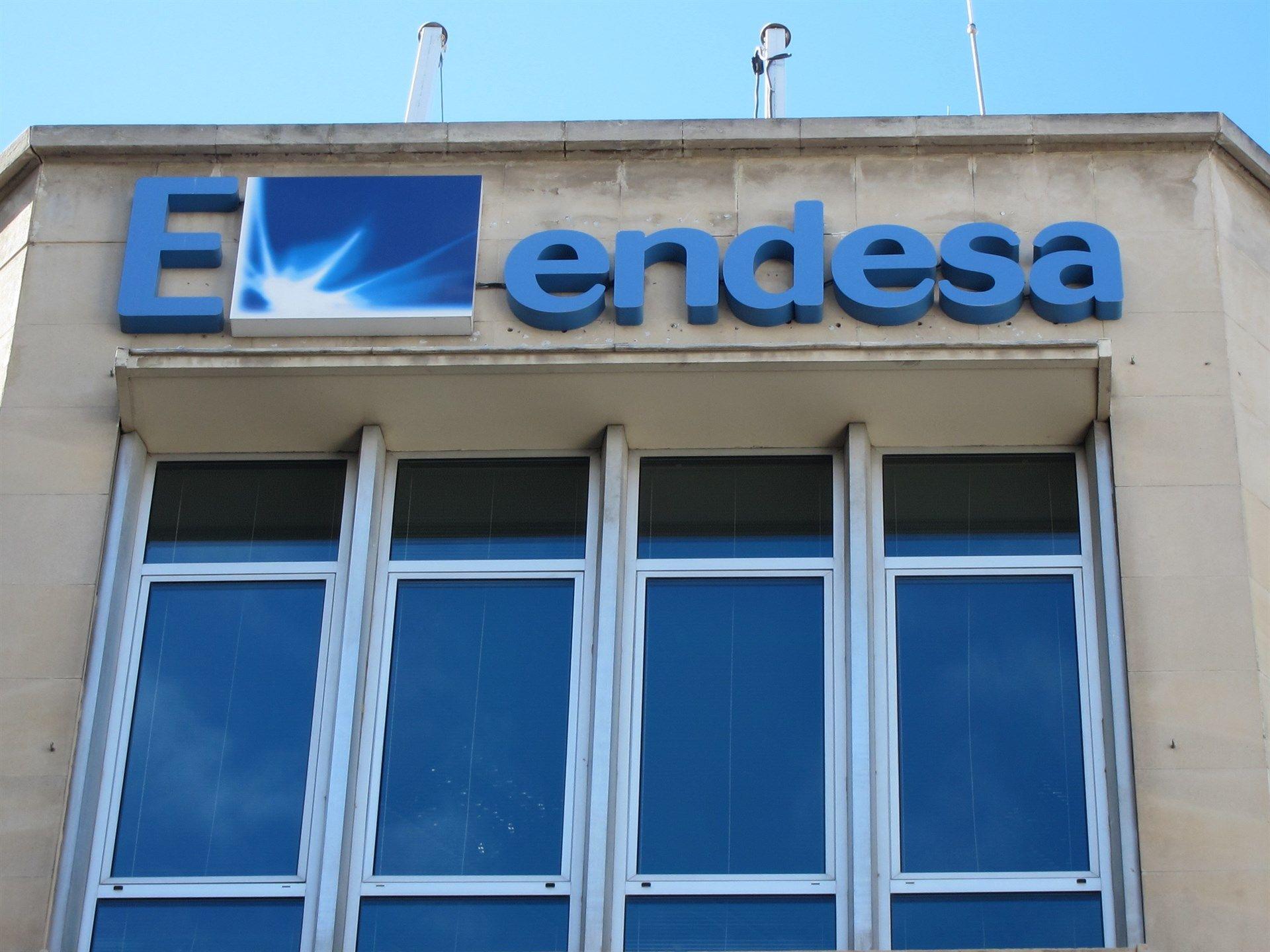 Endesa inverteix 1 1 milions d euros a la seu de figueres - Oficina endesa tarragona ...